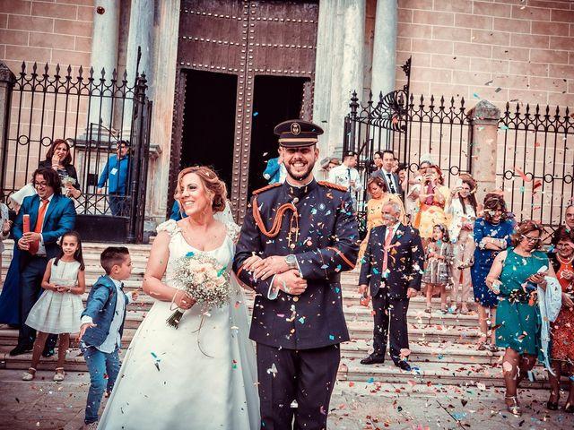 La boda de Javier y Yolanda en Badajoz, Badajoz 37