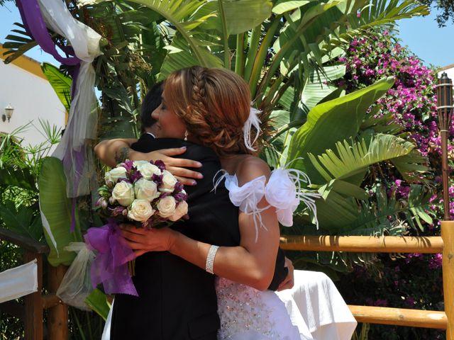 La boda de Adrián y Miriam en Chiclana De La Frontera, Cádiz 7