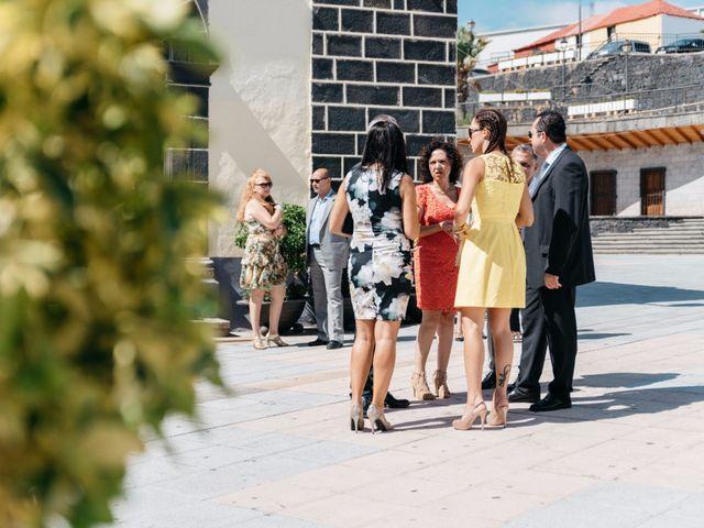 La boda de Juan Ramón y Carmen en Candelaria, Santa Cruz de Tenerife 7