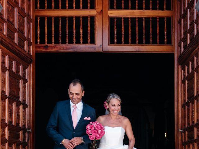 La boda de Juan Ramón y Carmen en Candelaria, Santa Cruz de Tenerife 35