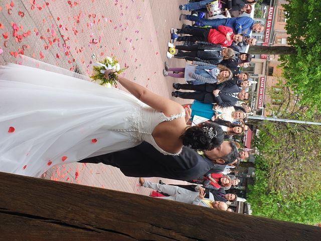 La boda de Juan y Elixabet en Barakaldo, Vizcaya 5