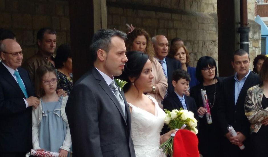 La boda de Juan y Elixabet en Barakaldo, Vizcaya