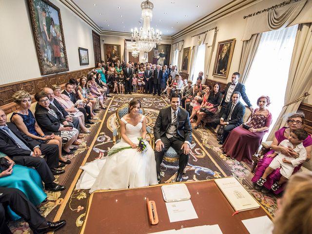 La boda de Txema y Lorea en Vitoria-gasteiz, Álava 8