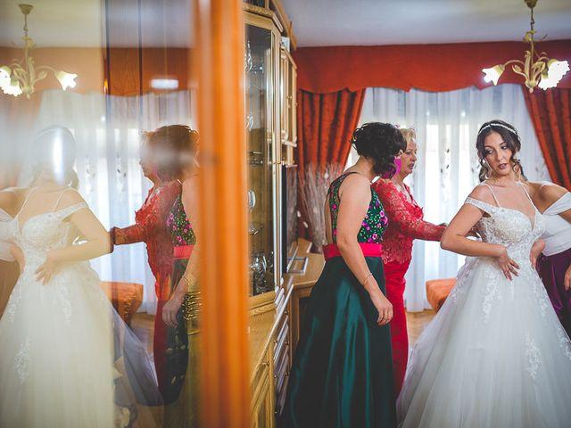 La boda de Vicki y José en Leganés, Madrid 26