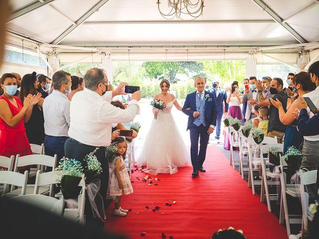 La boda de Vicki y José en Leganés, Madrid 33