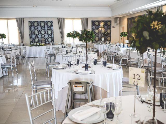 La boda de Vicki y José en Leganés, Madrid 42