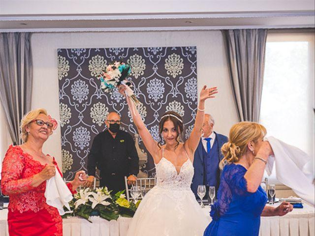 La boda de Vicki y José en Leganés, Madrid 51