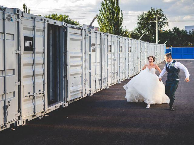 La boda de Vicki y José en Leganés, Madrid 61