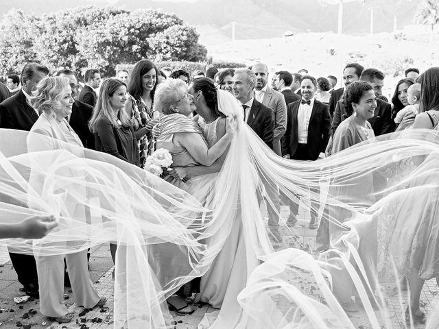 La boda de Alfredo y Rocío en Santa Cruz De Tenerife, Santa Cruz de Tenerife 34
