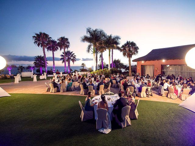 La boda de Alfredo y Rocío en Santa Cruz De Tenerife, Santa Cruz de Tenerife 46
