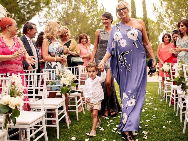 La boda de Carlos y Amanay en Valdetorres De Jarama, Madrid 25