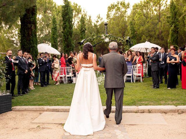 La boda de Carlos y Amanay en Valdetorres De Jarama, Madrid 28