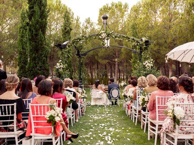 La boda de Carlos y Amanay en Valdetorres De Jarama, Madrid 38