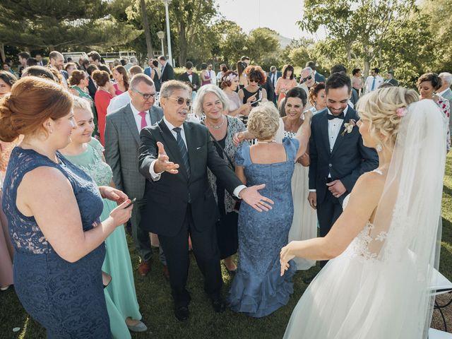 La boda de Josué y Kathy en Dos Hermanas, Málaga 36