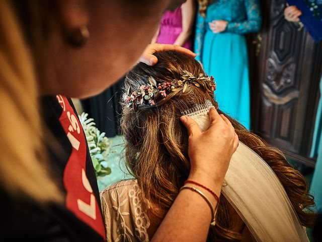 La boda de Juan Antonio y Carmen en Villafranca De Los Barros, Badajoz 13