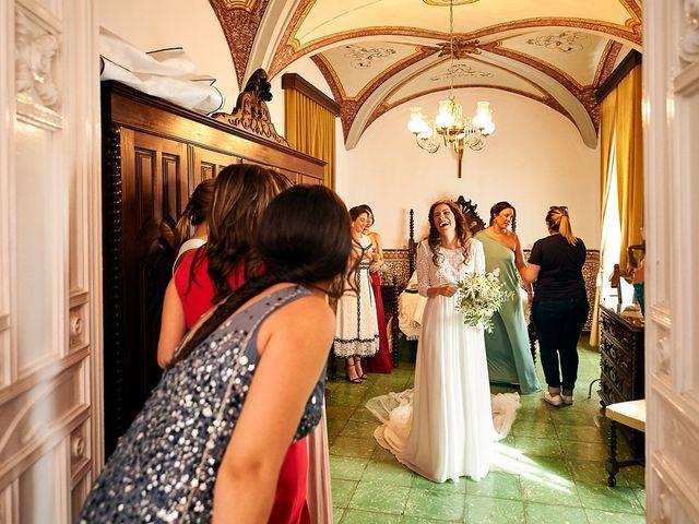 La boda de Juan Antonio y Carmen en Villafranca De Los Barros, Badajoz 14