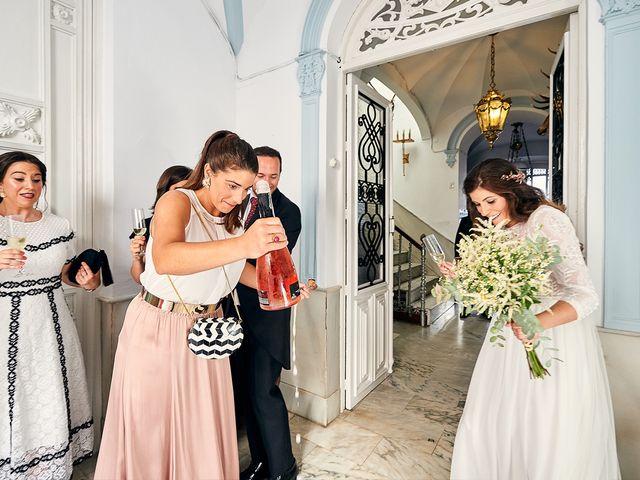La boda de Juan Antonio y Carmen en Villafranca De Los Barros, Badajoz 18