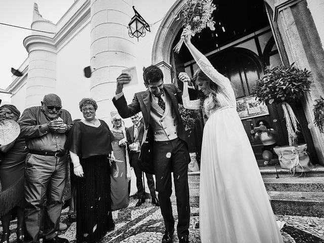 La boda de Juan Antonio y Carmen en Villafranca De Los Barros, Badajoz 27