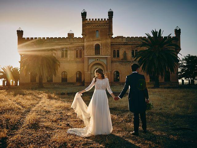 La boda de Juan Antonio y Carmen en Villafranca De Los Barros, Badajoz 32