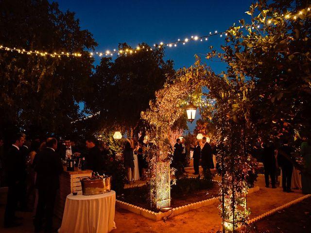 La boda de Juan Antonio y Carmen en Villafranca De Los Barros, Badajoz 35
