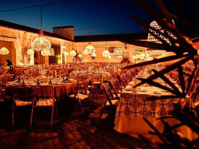 La boda de Juan Antonio y Carmen en Villafranca De Los Barros, Badajoz 36