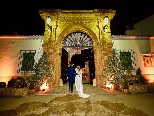 La boda de Juan Antonio y Carmen en Villafranca De Los Barros, Badajoz 41