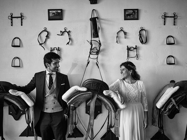 La boda de Juan Antonio y Carmen en Villafranca De Los Barros, Badajoz 48