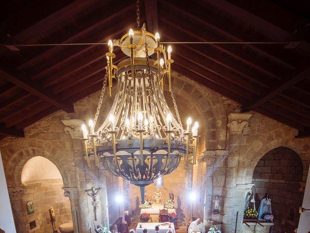 La boda de Adrian y Barbara en Culleredo, A Coruña 17