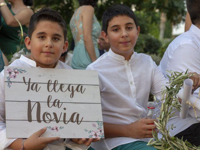 La boda de Mónica y Ángela en Huetor Vega, Granada 15