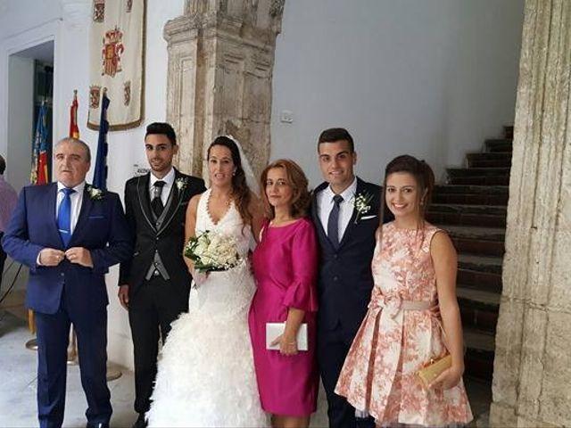 La boda de Abel y Lidia en Villena, Alicante 1