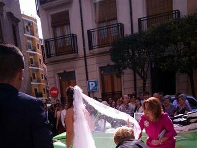 La boda de Abel y Lidia en Villena, Alicante 11