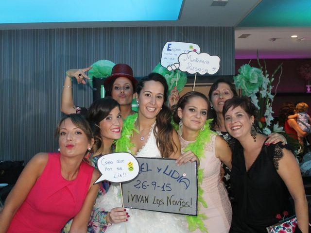 La boda de Abel y Lidia en Villena, Alicante 23