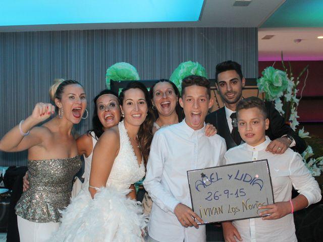 La boda de Abel y Lidia en Villena, Alicante 27