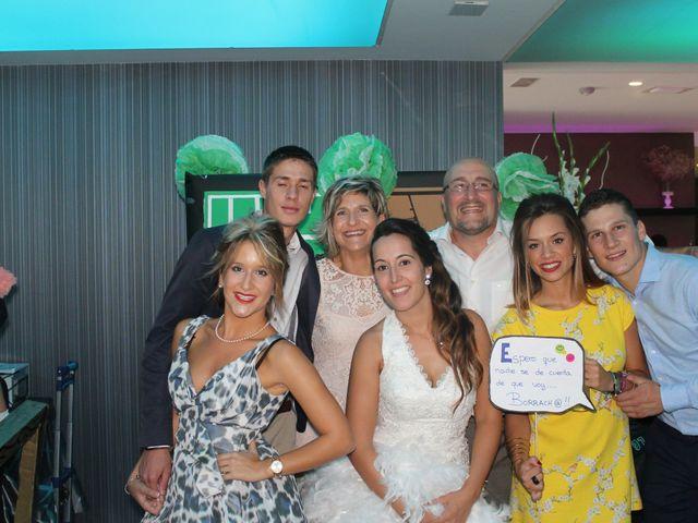 La boda de Abel y Lidia en Villena, Alicante 33