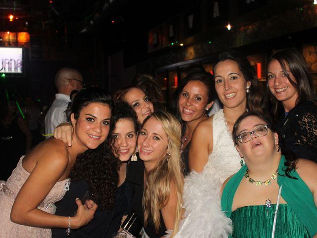 La boda de Abel y Lidia en Villena, Alicante 39