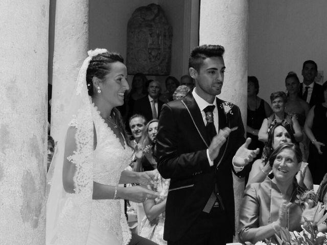 La boda de Abel y Lidia en Villena, Alicante 43