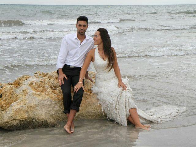 La boda de Abel y Lidia en Villena, Alicante 57