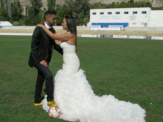 La boda de Abel y Lidia en Villena, Alicante 84