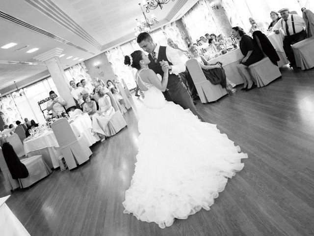 La boda de Chus y Jessy en O Burgo (Burgo), A Coruña 25