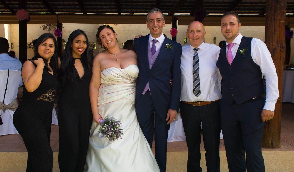 La boda de Juan y Laura en Telde, Las Palmas