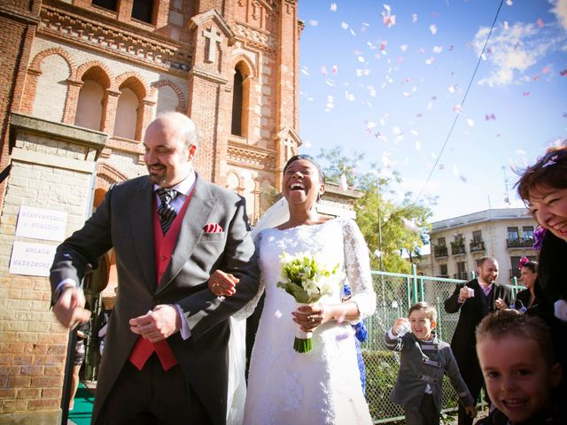 La boda de Ángel y Rosa en Madrid, Madrid 18