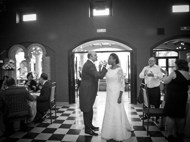 La boda de Ángel y Rosa en Madrid, Madrid 27