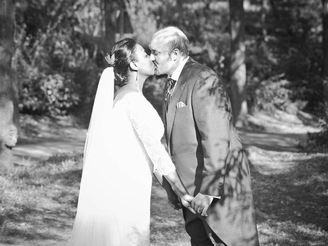 La boda de Ángel y Rosa en Madrid, Madrid 19
