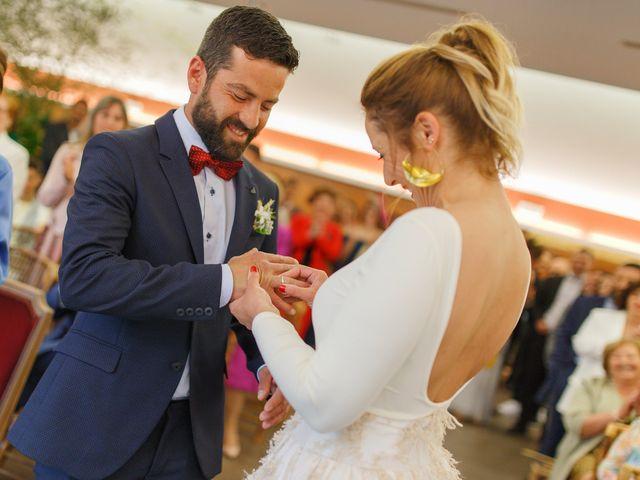 La boda de Hugo y Chari en A Coruña, A Coruña 11