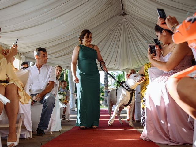 La boda de Alex y Hanna en Sant Vicenç De Montalt, Barcelona 58