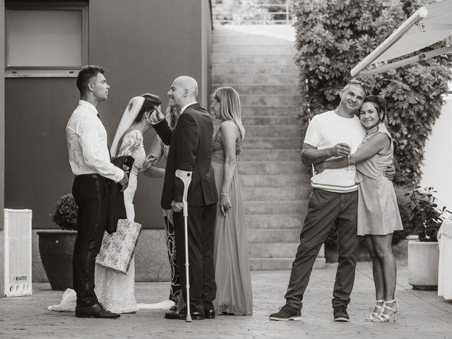 La boda de Alex y Hanna en Sant Vicenç De Montalt, Barcelona 76