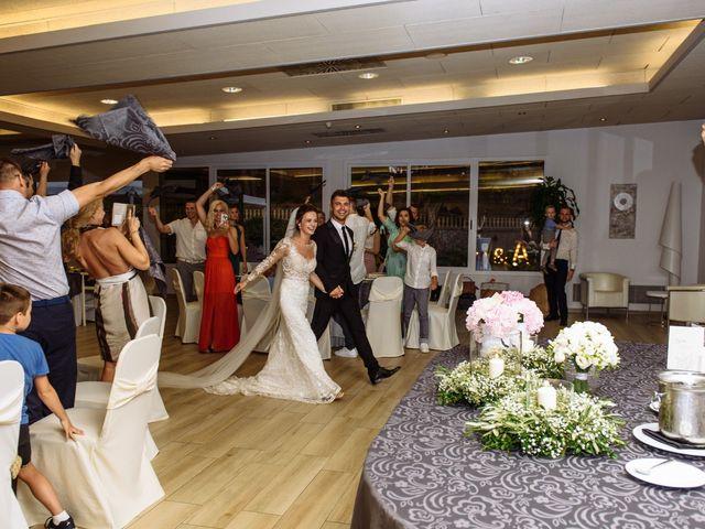 La boda de Alex y Hanna en Sant Vicenç De Montalt, Barcelona 84