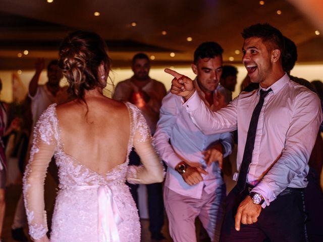 La boda de Alex y Hanna en Sant Vicenç De Montalt, Barcelona 131