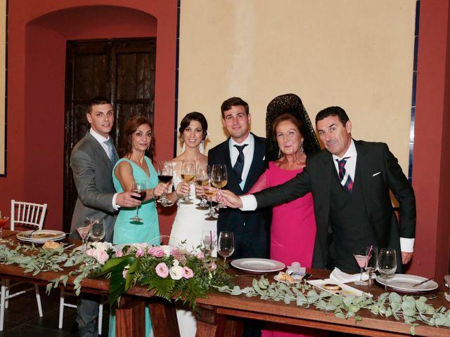 La boda de Ricardo y Carmen en Dos Hermanas, Sevilla 31