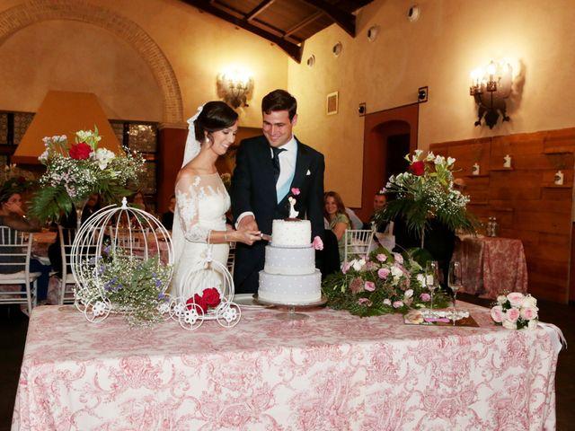 La boda de Ricardo y Carmen en Dos Hermanas, Sevilla 32